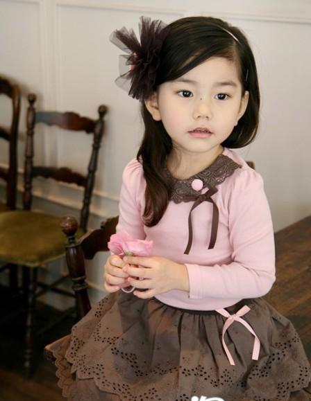 超靓的小美女时尚秋衣